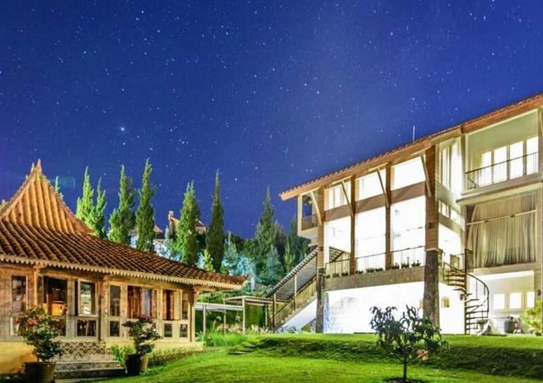 villa buvi-sewa villa lembang